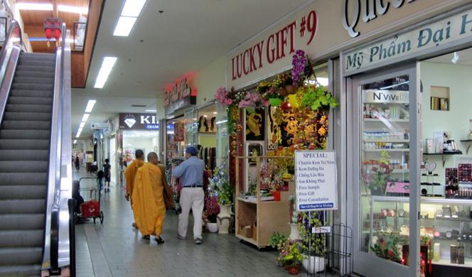 saigon-stores-resize